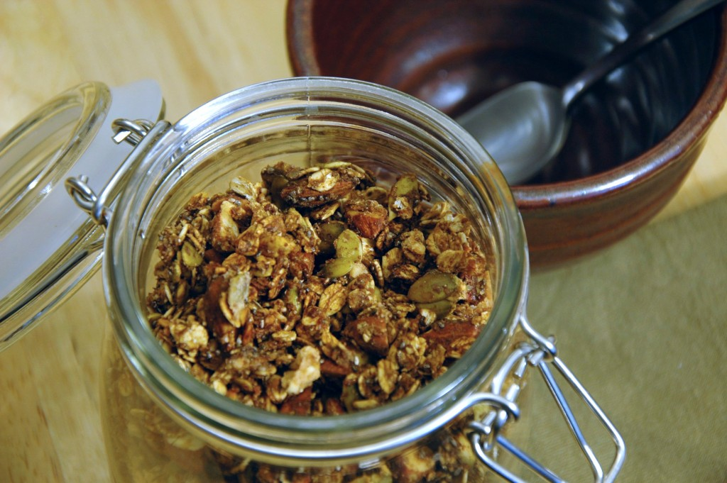 homemade-granola_4977702126_o