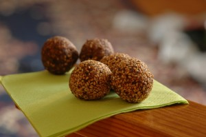 homemade energy bars II: walamee balls
