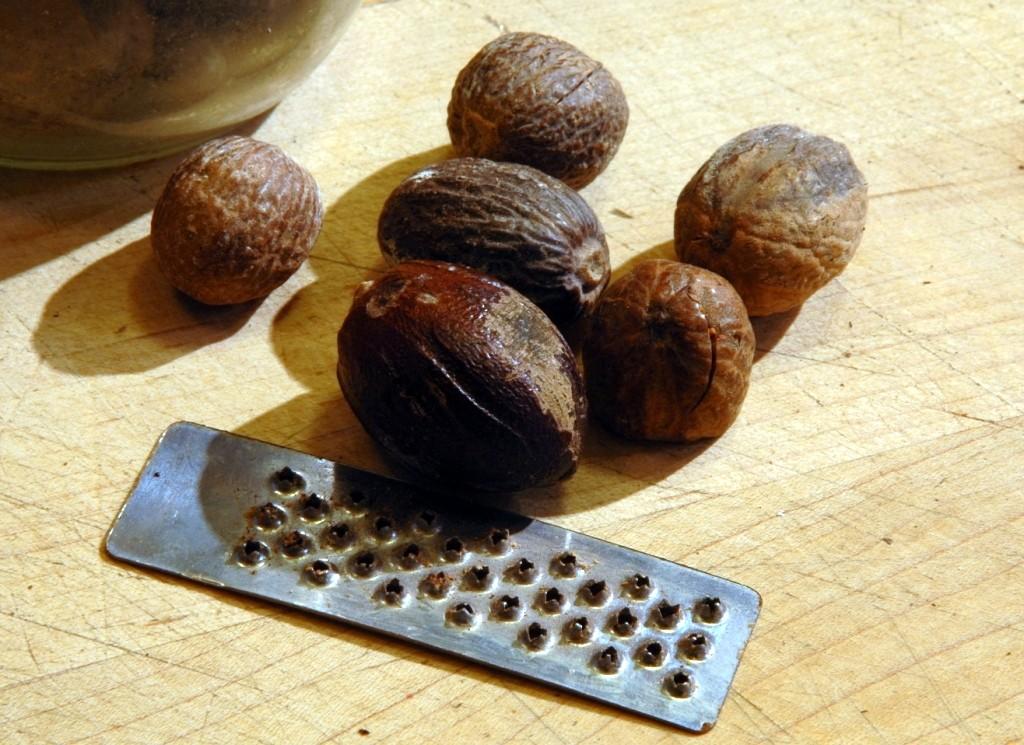 fresh-nutmeg_2598369768_o