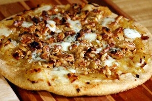 walnut, gorgonzola and caramelized onion pizza