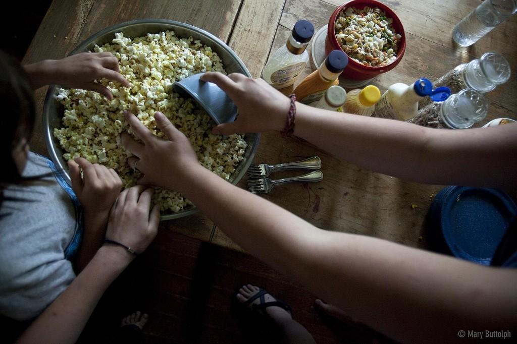 virning_eating_popcorn_b_3609950280_o
